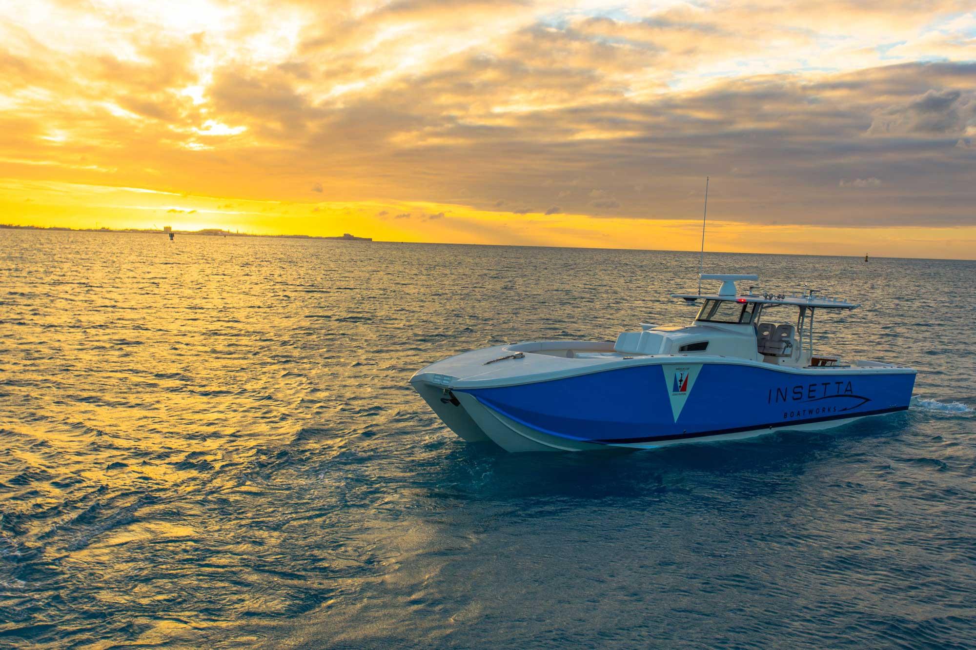 insetta-boat-bermuda-golden-sunset