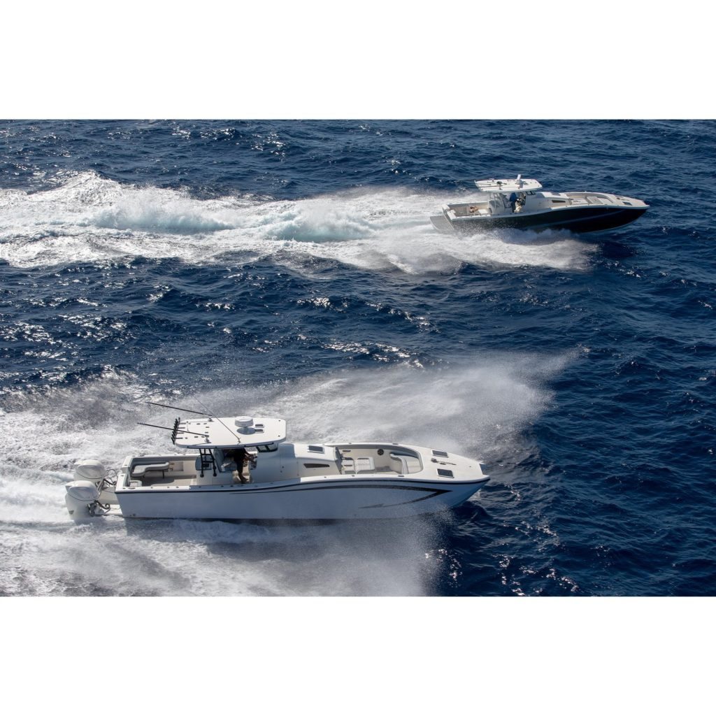 Insetta Catamarans Running Offshore